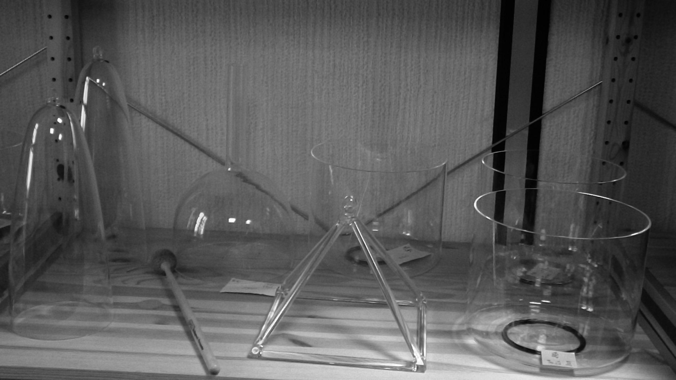 Bols de cristal clair + pyramide