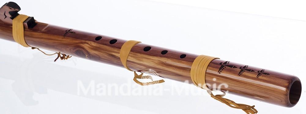 Flûte Condor Bass en Ré Cèdre arômatique